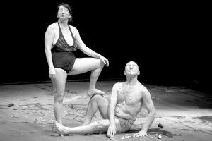 """Silvia Gribaudi e Domenico Santonicola in """"What age are you acting?"""", 2014, foto Margherita Mana"""